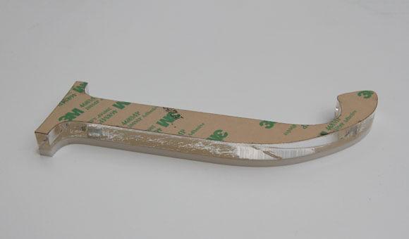 Слепена буква от плексиглас с листове с лепило 200MP