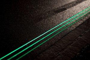 glowing-lines светеща пътна маркировка
