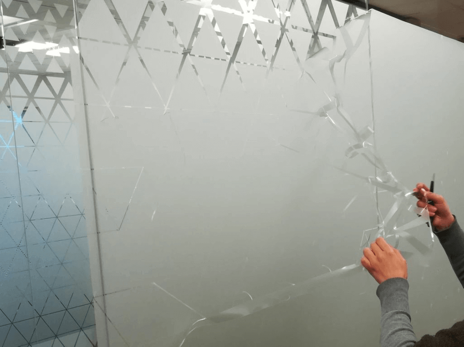 Film application on glass facades with 3M 5525-324 Sandblast