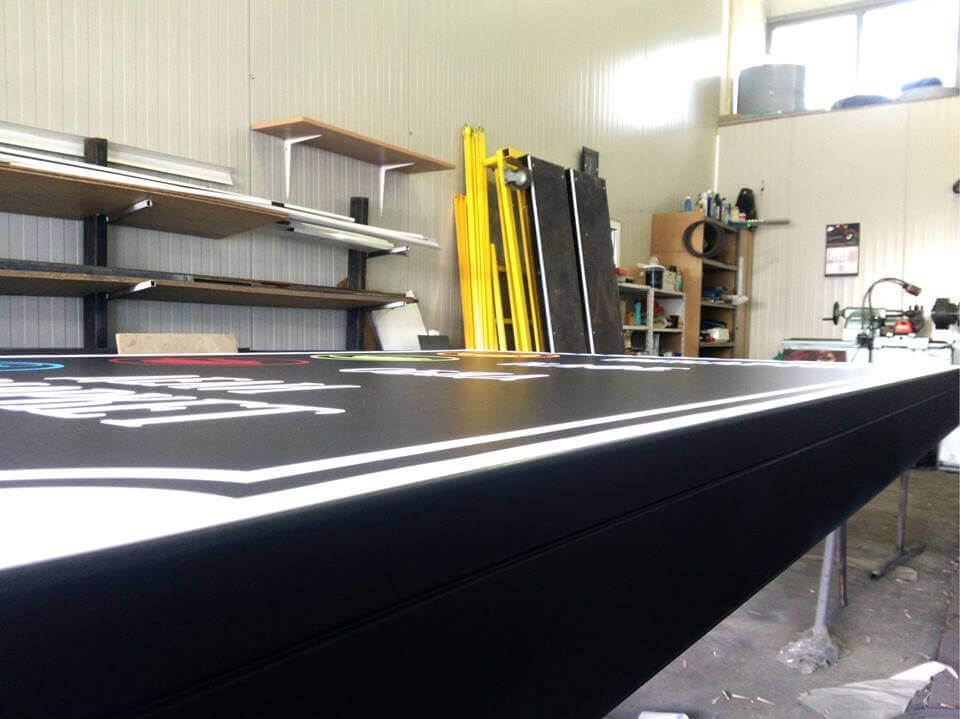 Aluminium sign systems for vinyl painted in black