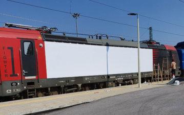 Облепяне на вагон с бяло глнц фолио 3M Scotchcal IJ40