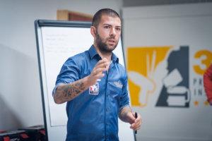 Иван Тенчев дава съвети за инстаиране на фолио